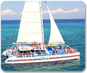 Catamaran Sail, Snorkel & Beach Break