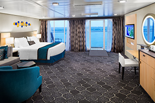 Accessible Junior Suite On Symphony Of The Seas Royal
