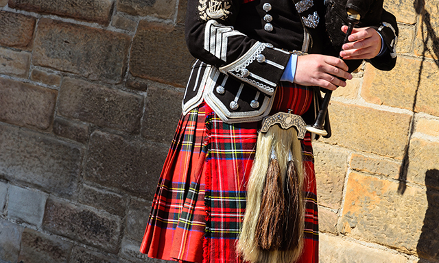 Bagpipes and Whisky - Small Group
