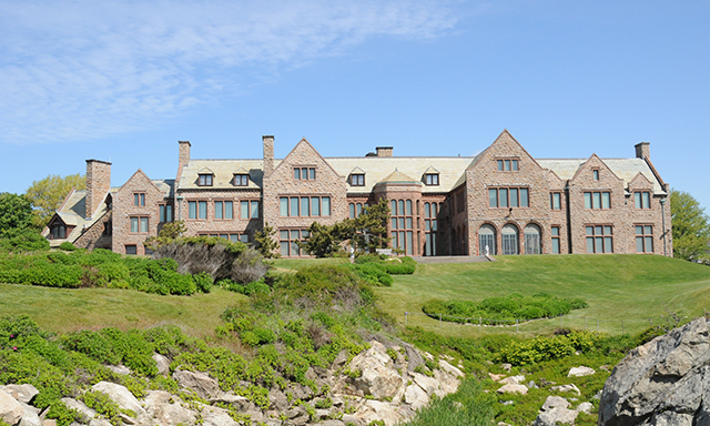 Rough Point Mansion - Doris Duke Legacy