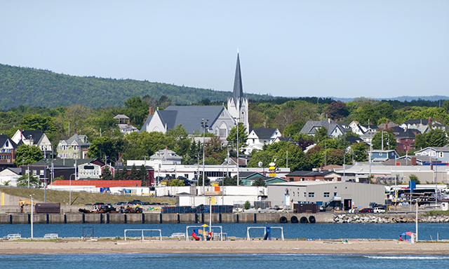 Baddeck Hop On & Off Sightseeing