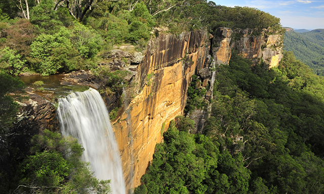 Kiama Blow Hole, Treetop Walk, Waterfalls and the Southern Highlands