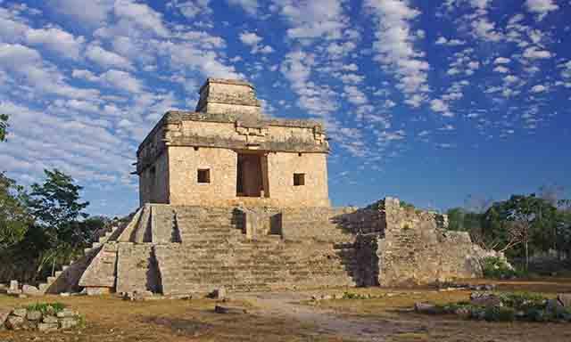 The Mayan Ruins of Dzibilchaltun