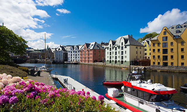 Hjorundfjord Boat Cruise