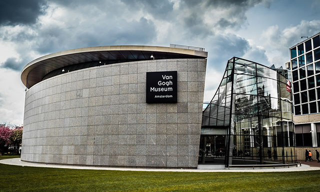 Van Gogh Museum and Airport Drop-Off (AMS)
