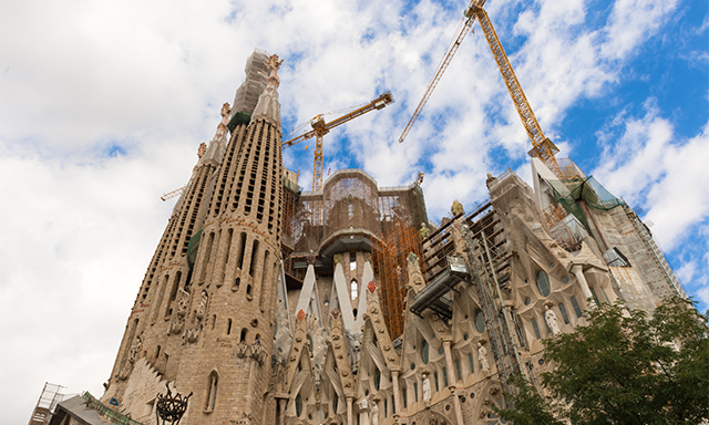 Accessible Sagrada Familia and Gothic Quarter