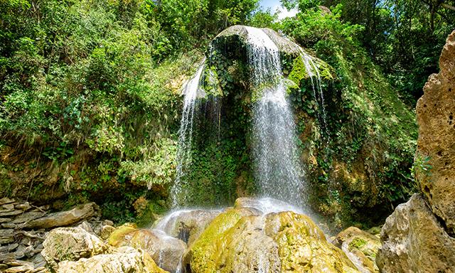 4X4 Waterfall Escapade