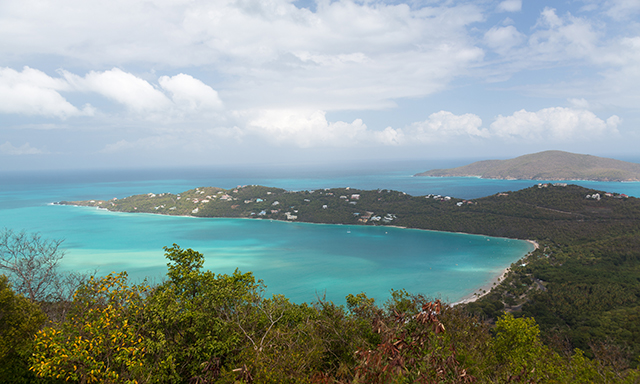 St. Thomas Highlights, Shopping and Beaches (Spanish)