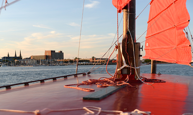 Chinese Junk Tour