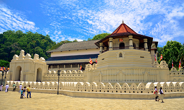 Kandy and Temple of the Tooth