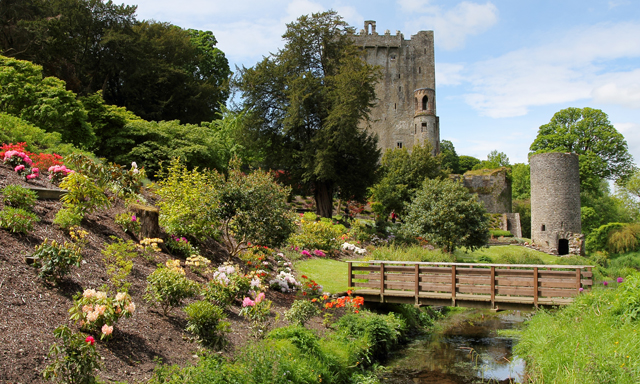 Blarney Castle & Woolen Mill Shop
