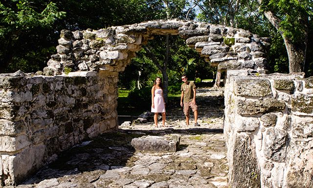 Mayan Ruins, Island Tour and Beach