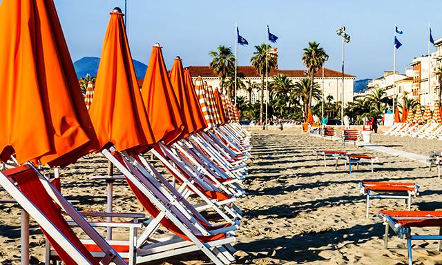 Italian Beach & Pisa