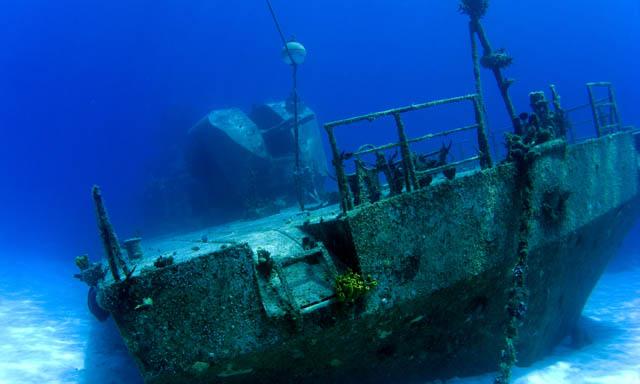 Shipwreck Snuba