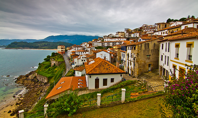 Discover the Jurasic World and Charming Town of Lastres