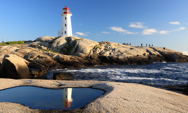 Halifax Highlights: Sightseeing, Peggy's Cove, Citadel Hill
