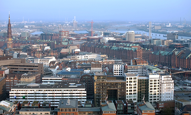 Panoramic Hamburg & Airport Transfer