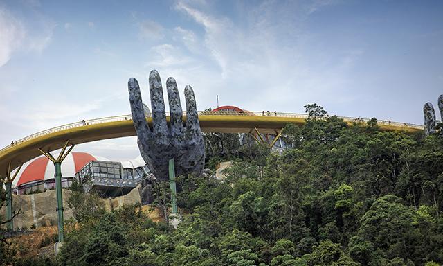 Ba Na Hills and Golden Bridge