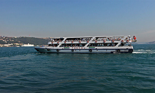 Cruise on the Bosphorus and Shopping