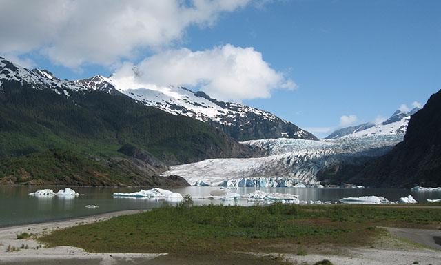 Discover the Mendenhall Glacier
