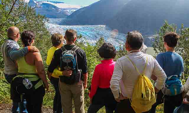 Mendenhall Glacier Guide's Choice Trail Hike