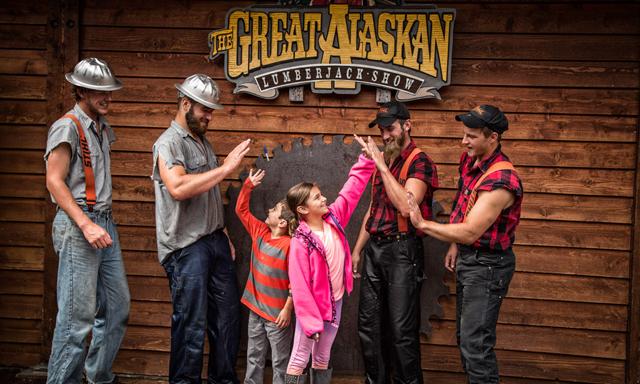 A Great Alaskan Lumberjack Show