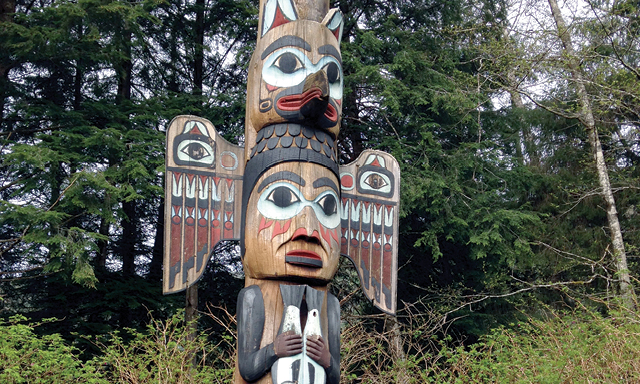 Totem Bight Scavenger Hunt and Canoe Adventure