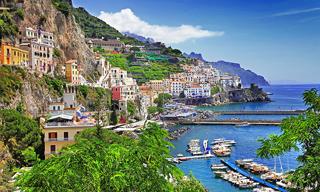Amalfi Coast by Motor Launch and Pompeii