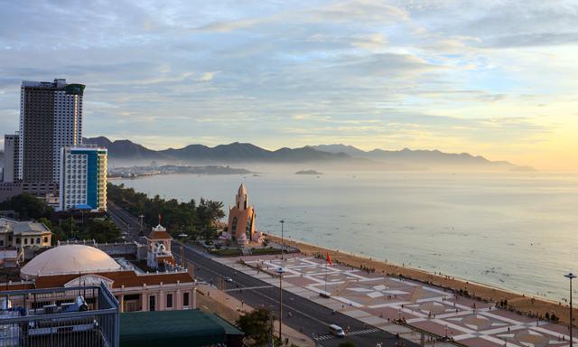 Nha Trang Beach Break