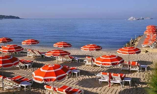 Scenic Transfer to Juan Les Pins Sand Beach