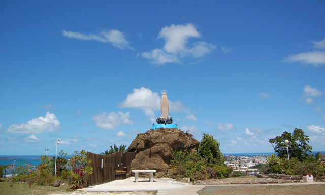 Noumea City Sights with Cheese & Wine Tasting