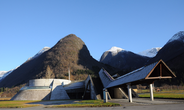 Fjaerland & Norwegian Glacier Center