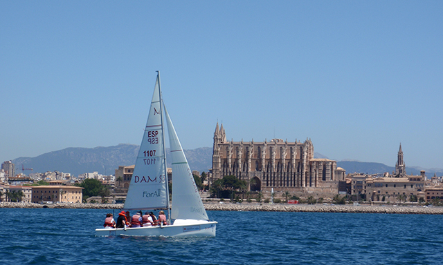 Accessible Bay of Palma Sailing Tour