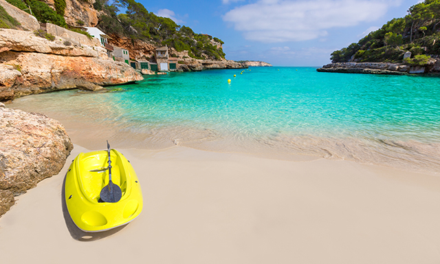 Kayaking Mallorca?s West Coast