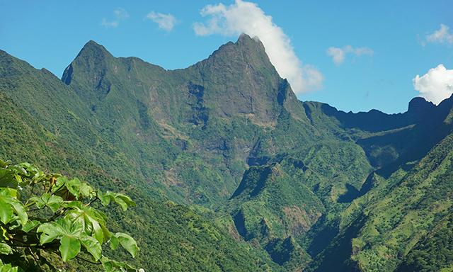 Helicopter Flight - Tahiti Essentials