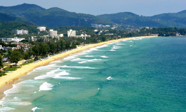 Phuket Sightseeing and Cabaret Extravaganza