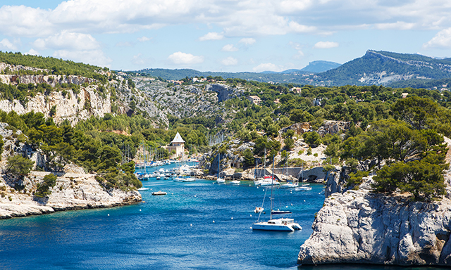Cassis Discovery and Beach Break