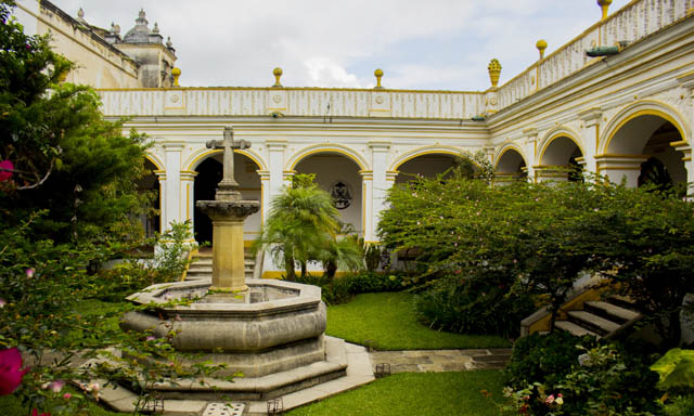 San Juan Del Obispo Palace And Antigua with Chocolate Tasting