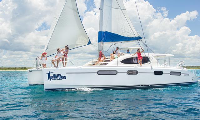 Luxury Sailing & Snorkel