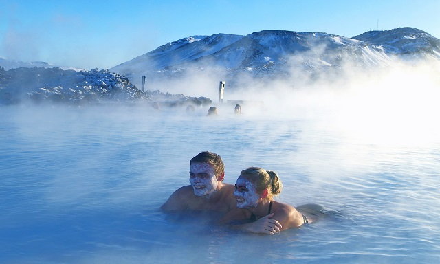 Relaxing in the Blue Lagoon - Comfort Package