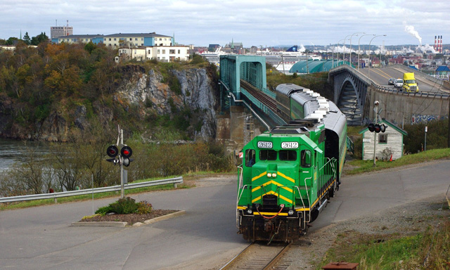Big Pink City Hopper Pass and Bay of Fundy Scenic Railway Combo
