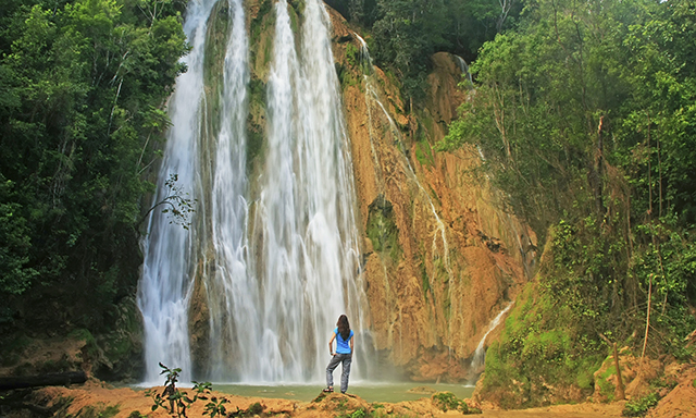 Salto Del Limon Waterfall and Horseback Riding
