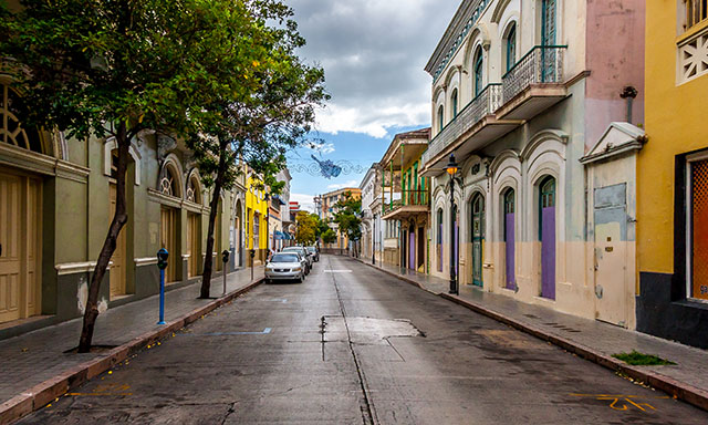 San Juan On Your Own with Airport Drop-Off