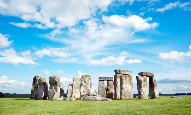 Stonehenge & Heathrow Airport