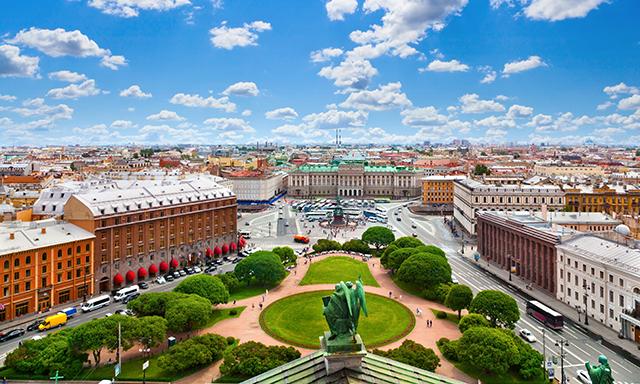 Local Life Experience: Metro Ride, Kuznechny Market