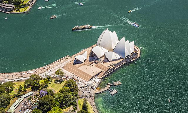 Sydney Hop On / Hop off Boat