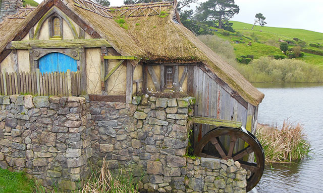 Lord of the Rings - Hobbiton Movie Set