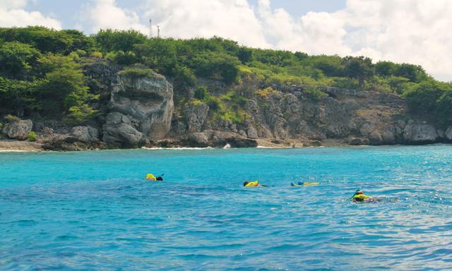 Fun Beach Express, Sightseeing & Snorkel